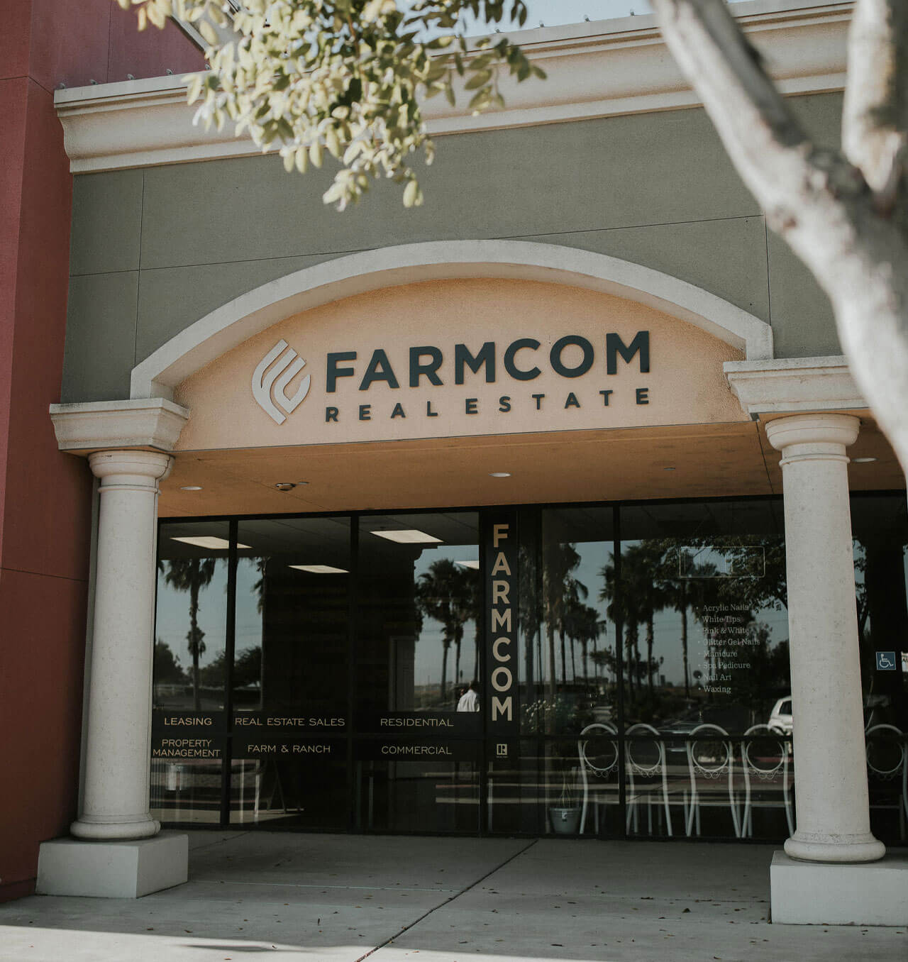 Farcom Chowchilla - Contact Us